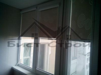 Рулонные шторы на утепленном балконе