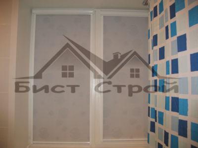 Рулонные шторы в ванной комнате