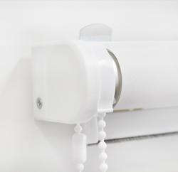 Рулонные шторы CLIC простота в установке